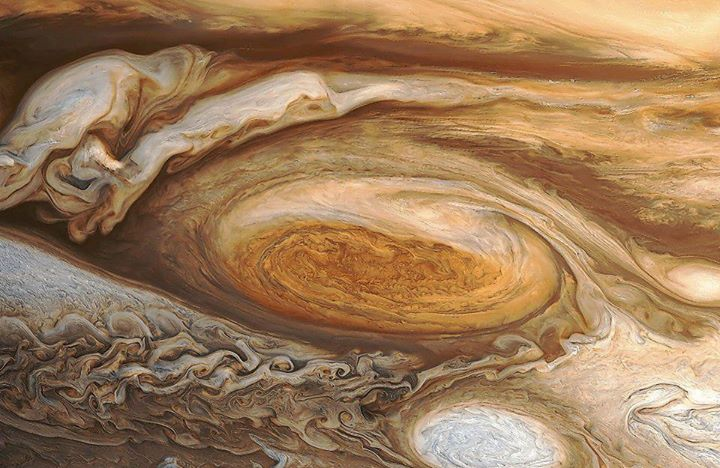 Jupiter's great red spot, seen by Voyager 1 (Credit: NASA/JPL)