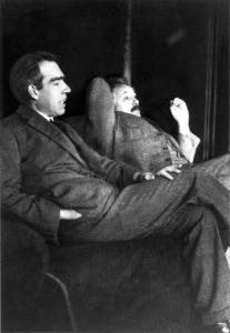 Bohr and Einstein (Credit: Paul Ehrenfest)