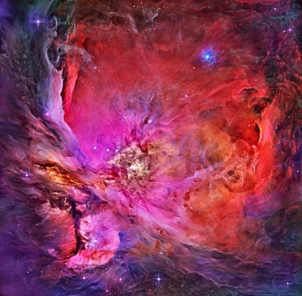 "Image via <a href=""https://www.flickr.com/people/113243238@N08/"">R. Villaverde</a href>/ Hubble Legacy Archive/NASA"