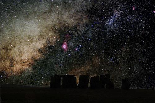 Stonehenge at night (Image Credit: Cesar Cantu)