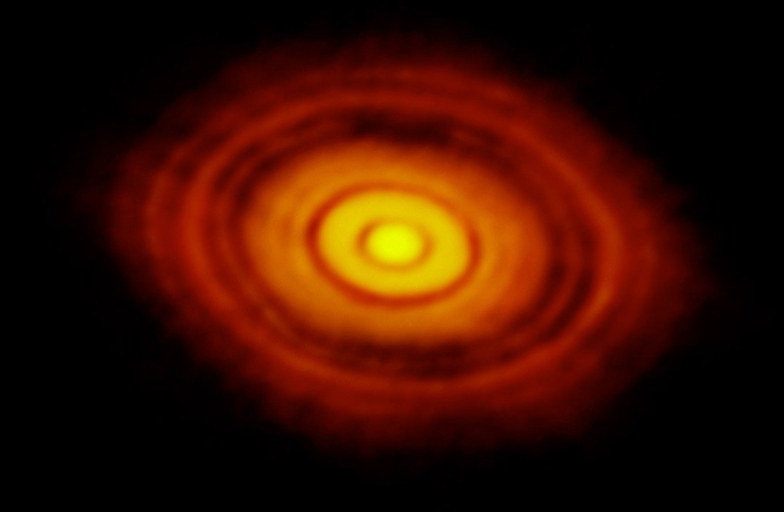 HL Tauri's protoplanetary disk, as seen by ALMA (Image Credit: ESO)