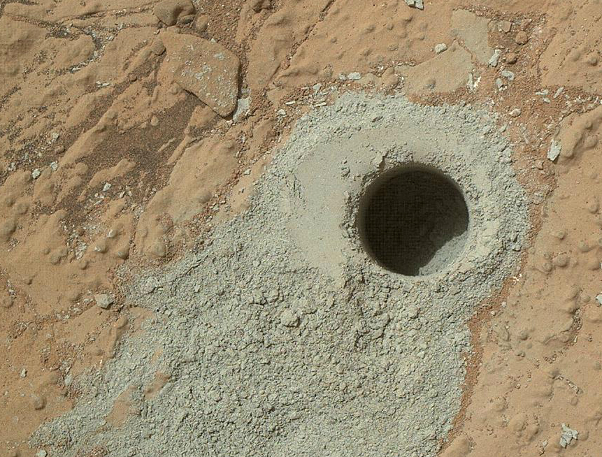 "Curiosity drilled into the ""Cumberland"" rock, collecting a powder sample. (Image Credit: NASA/JPL-Caltech)"