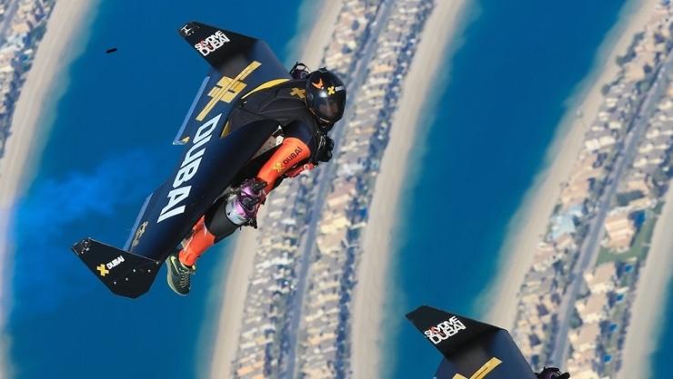 465432-yves-rossy-dubai-flight