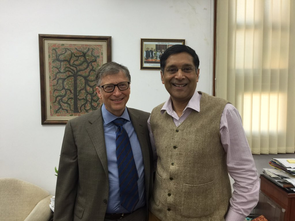 Arvind Subramanian and Bill Gates meet in December 2015. Image Credit: Twitter