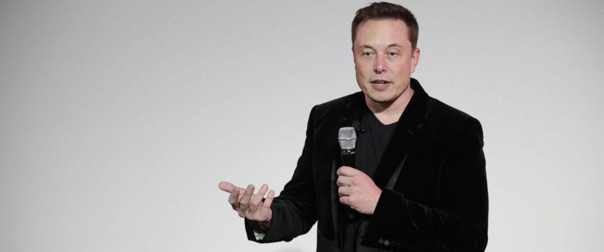 Elon Musk. Image: Marcio Jose Sancez/AP.