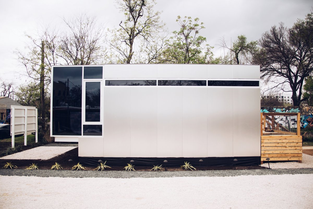 *3* Harvard Engineer Invents Stackable Homes That Take Just 3 Weeks to Build