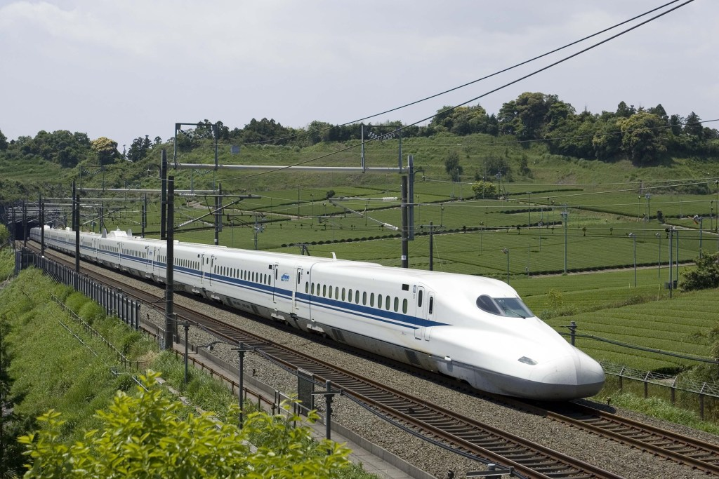 Could a Proposed Texas Bullet Train Threaten Airlines?