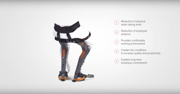 *3* 'Chairless Chair' Allows You to Sit Anywhere