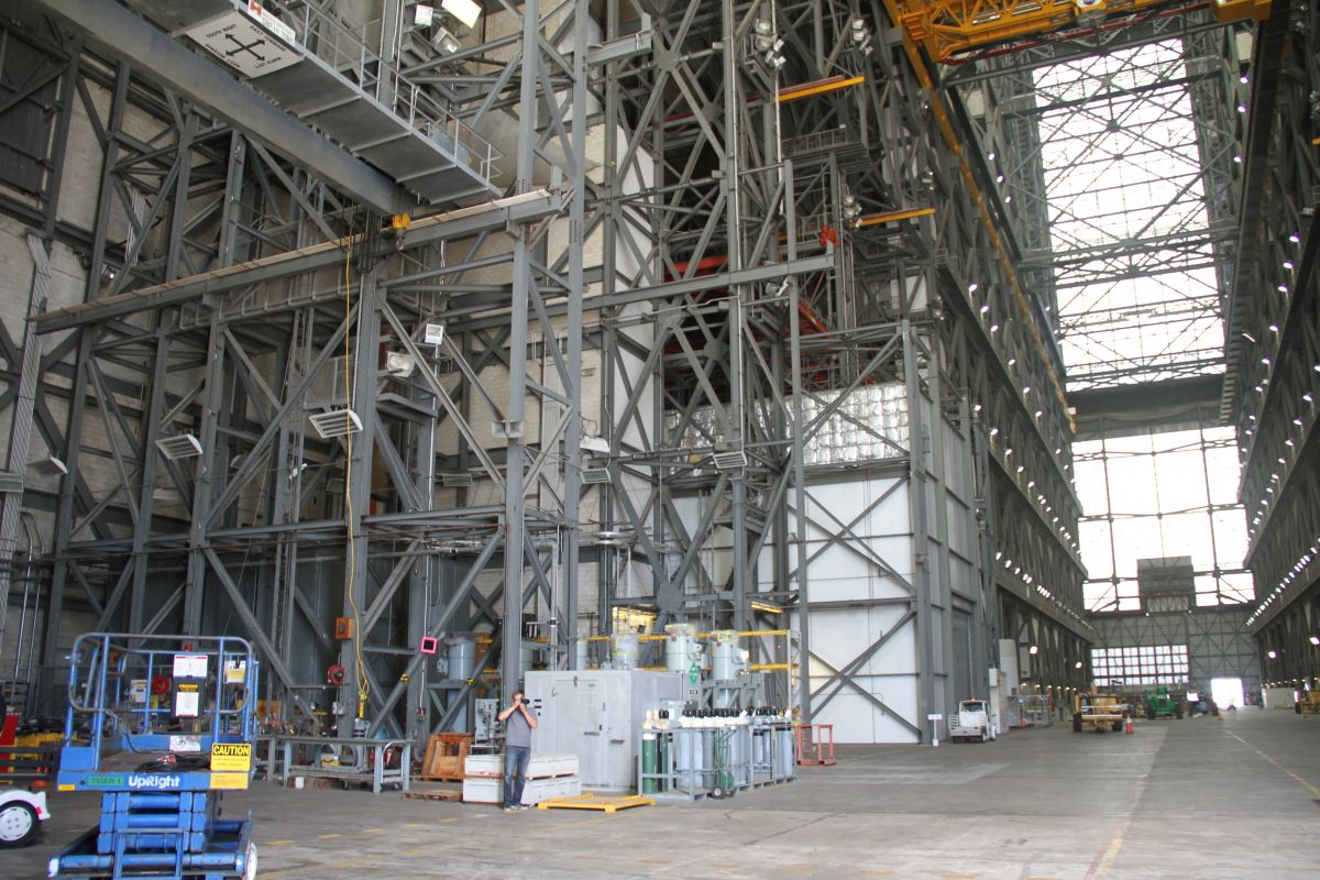 An Exclusive Look Inside The Secretive Building Where NASA ...