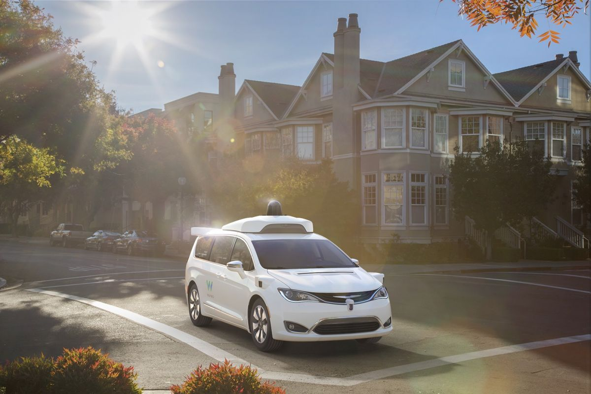 Waymo testing the self-driving Chrysler Pacifica. Image Credit: Waymo
