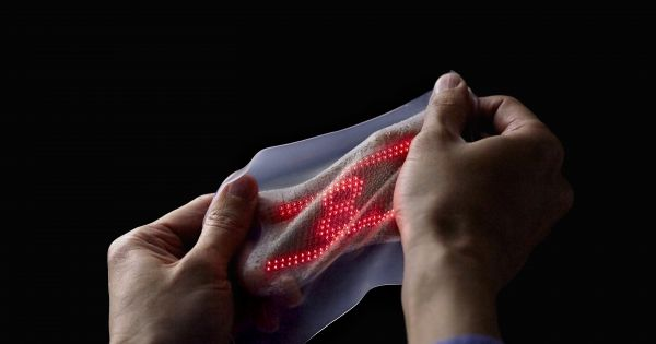 An Ultrathin, Super-Stretchy Nanomesh Skin Display is the Future of Wearables