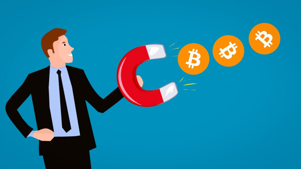 CFTC employees can now buy and trade bitcoin. Image Credit: mohamed_hassan / pixabay
