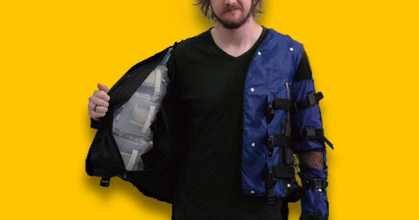 Disney Made A VR Jacket That Can Simulate Hugs, Snakes Crawling On Your Back