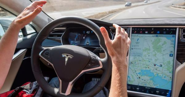 Tesla Model X in Autopilot Killed a Driver. Officials Aren't Pleased With How Tesla Handled It.