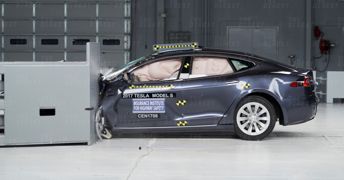 Elon Musk Wants All Autonomous Cars to Be as Secure as Tesla's