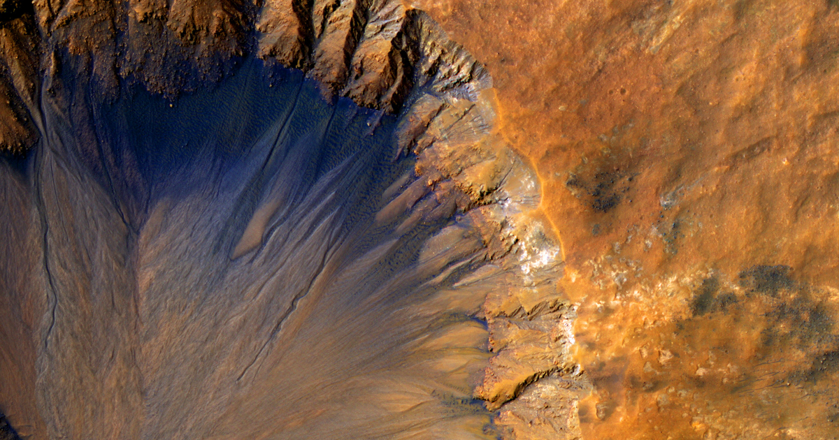 Scientists need to solve these two mysteries to find life on Mars