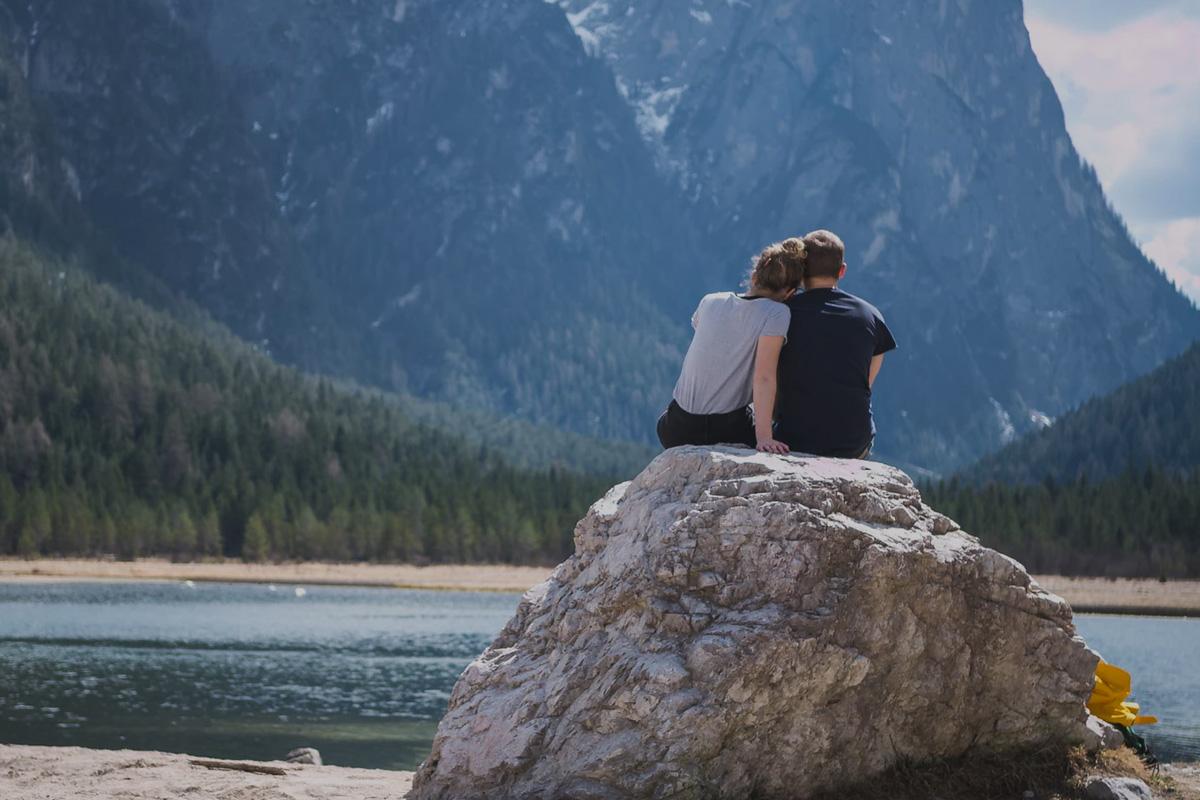 Regain.us Online couples counseling.