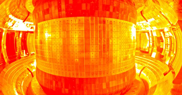 """China's """"Artificial Sun"""" Is Now Hot Enough for Nuclear Fusion"""