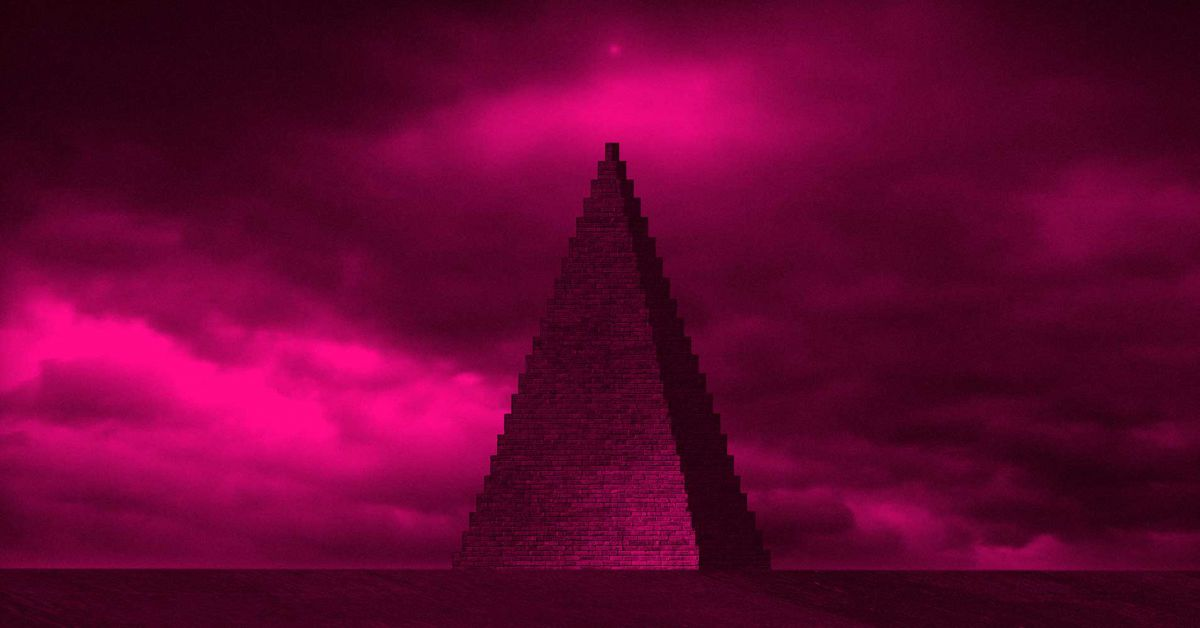"""Pop Band """"The KLF"""" to build a pyramid out of 35,000 cremated fans"""