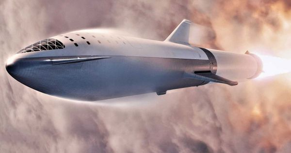"""Elon Musk's new goal: """"reach the Moon as fast as possible"""""""