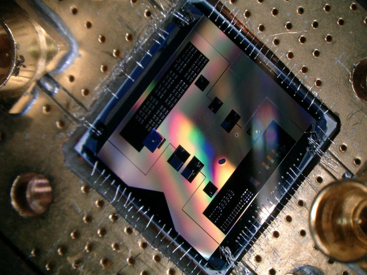 Researchers Tune in to Smallest Radio Frequency in Quantum Mechanics
