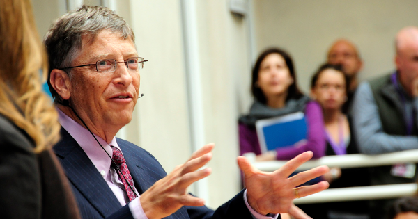 Bill Gates Compares Artificial Intelligence to Nuclear Weapons