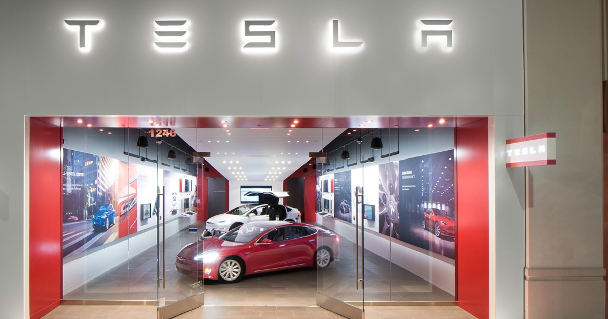 Sell Car Online >> Tesla Is Closing Its Dealerships To Only Sell Cars Online