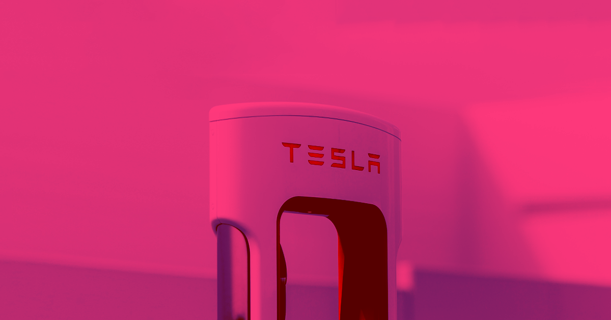 Tesla: New Supercharger Features Will Cut Charge Time in Half