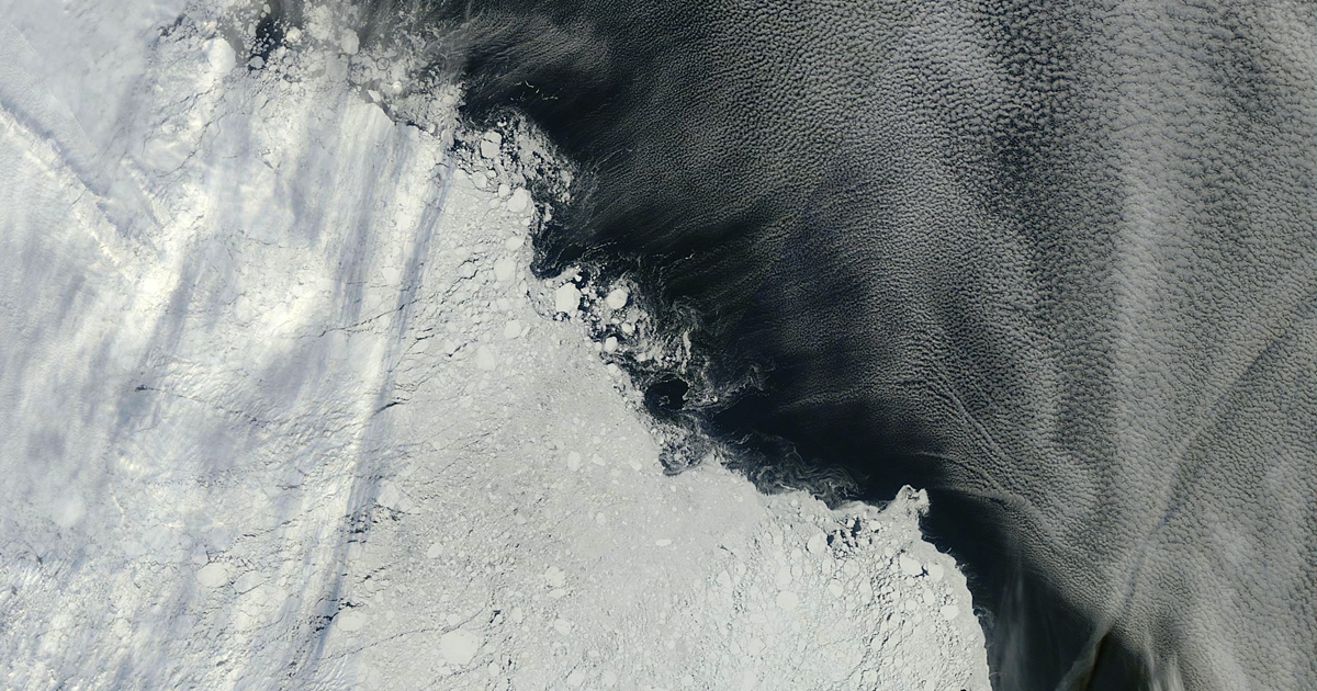 Cambridge Researchers Want to Re-Freeze the Earth's Poles