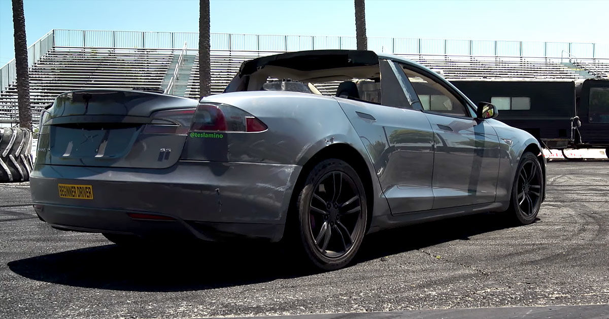 """Watch this hacked-together Tesla """"pickup"""" do wicked donuts"""