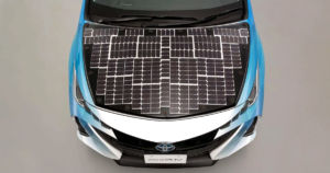Japanese auto giant Toyota has partnered with a local energy company to test a Prius hybrid that's almost entirely covered in solar panels.