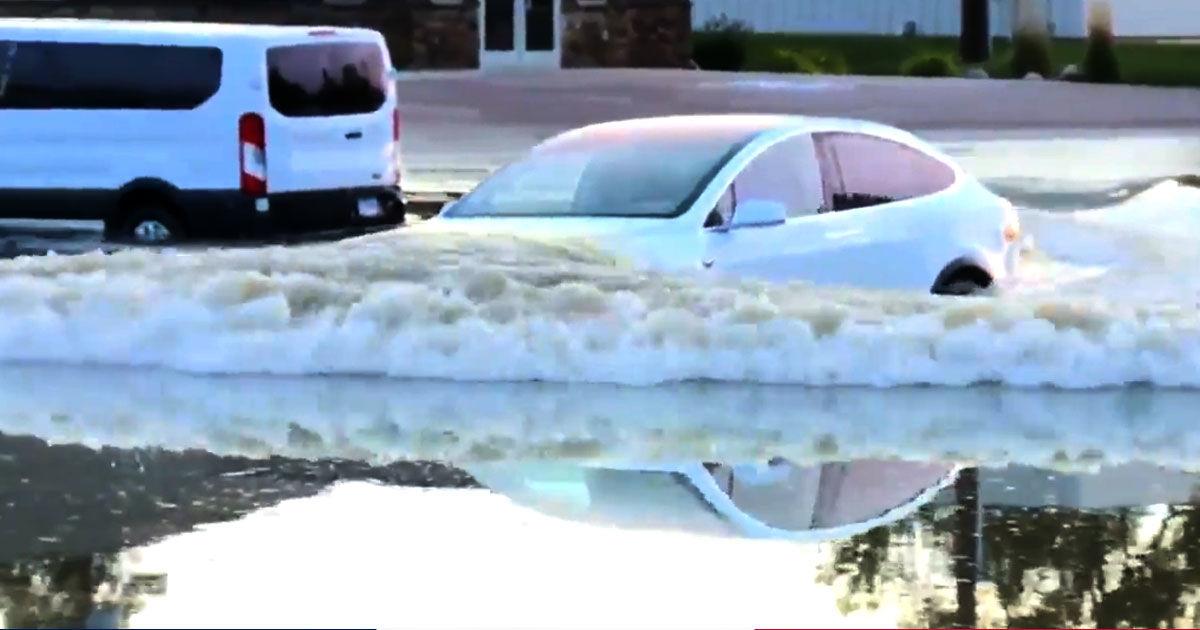 Watch a Tesla Model X Blast Through Deep Flood Waters