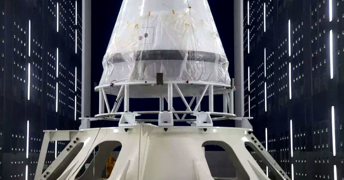 China Reveals Spacecraft Built to Ferry Astronauts to the Moon
