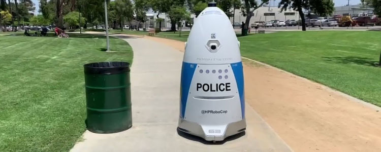Police Robot Ignores Woman Trying to Call Police