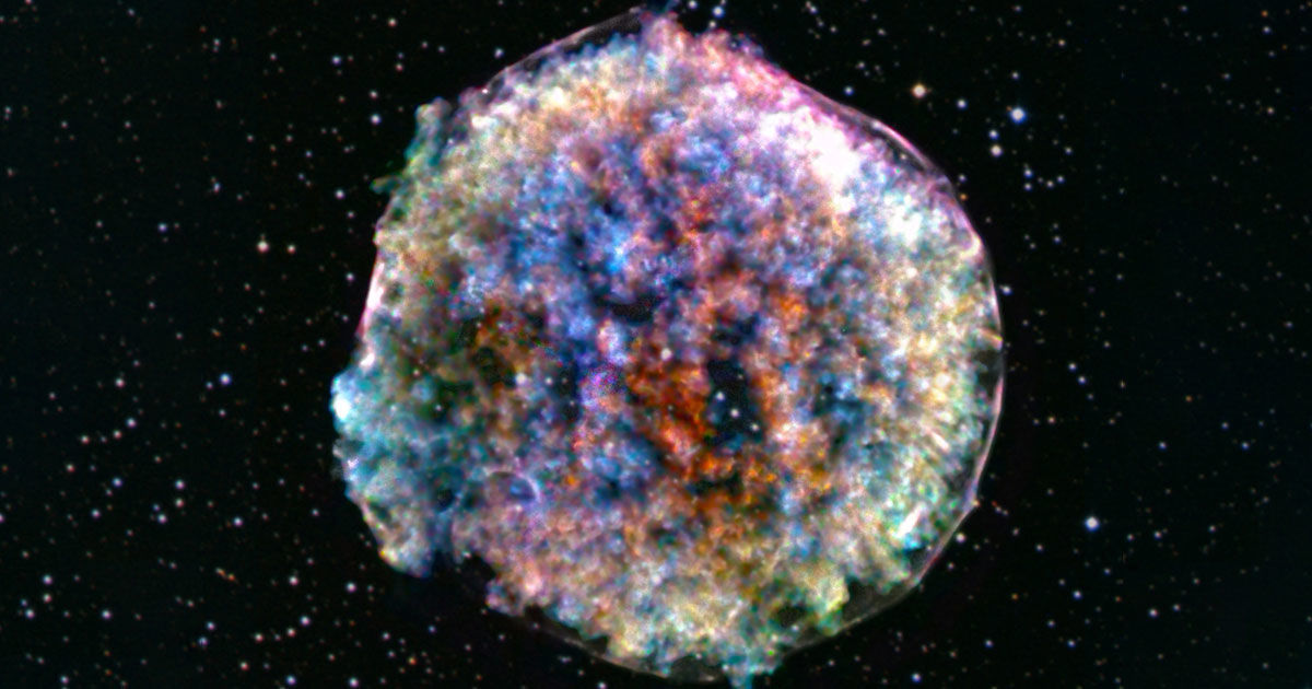 Here's Why the Remains of This Supernova Look Like Cotton Candy