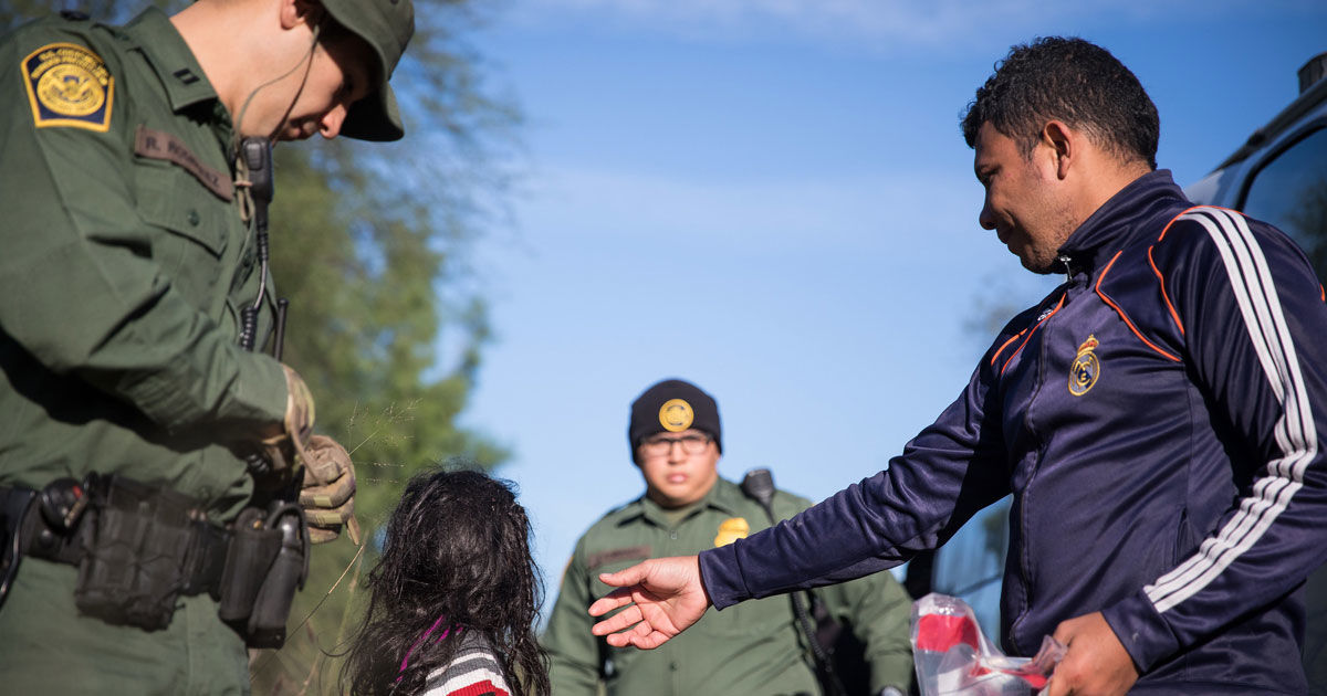 Trump Admin to Require DNA Samples From Asylum Seekers