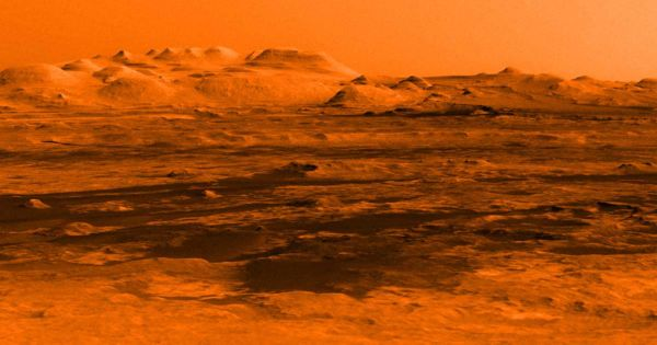 """Mind Boggling"" Behavior of Oxygen on Mars Has NASA Stumped"