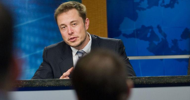 "Elon Musk said to ""break up Amazon"""