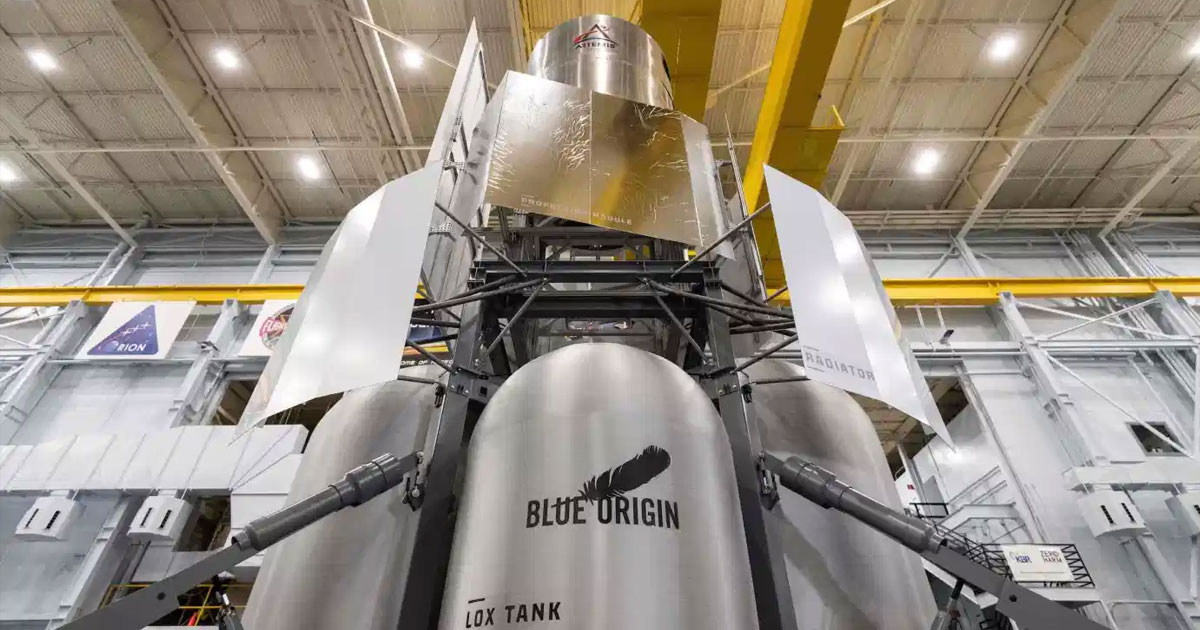 Blue Origin engineers deliver full-scale prototype Moon lander to NASA