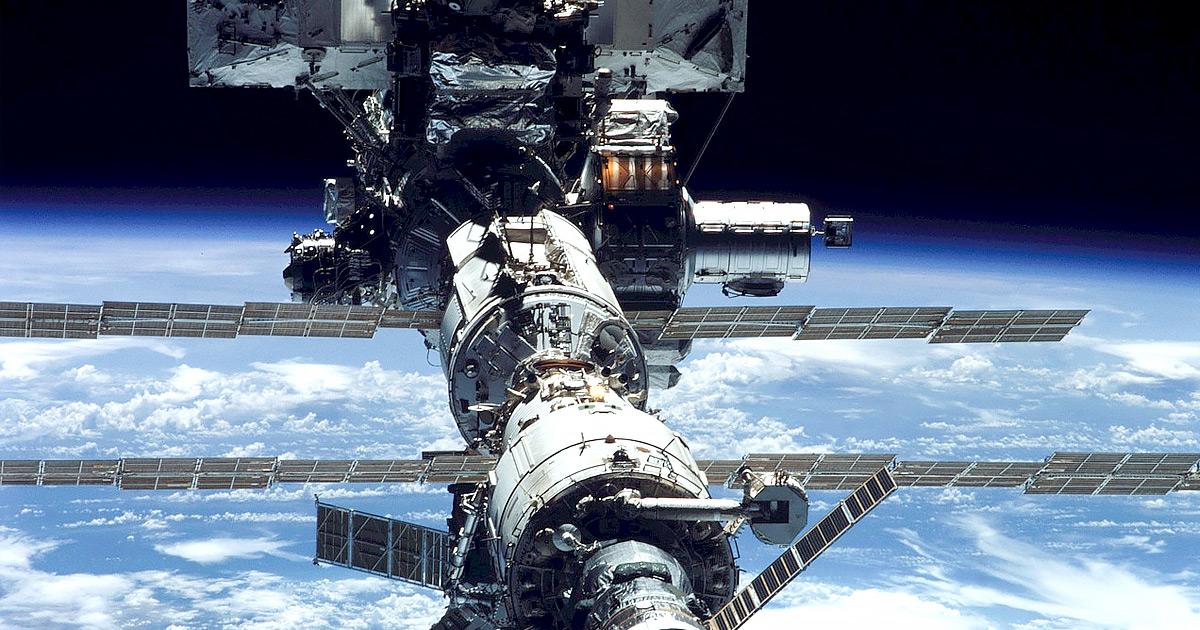 NASA Still Hasn't Found the Damn Leak on the Space Station