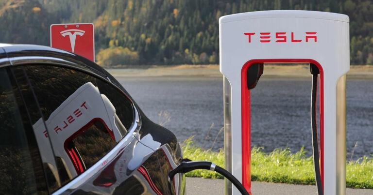 Elon Musk: Tesla's Next Gen Battery Tech Still Two Years Away