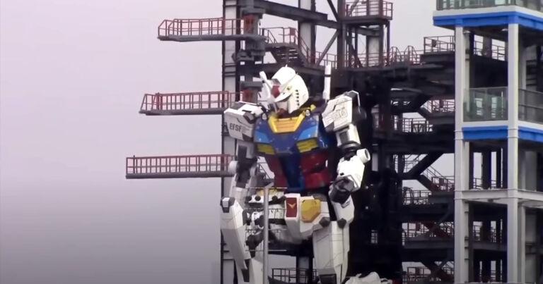 Watch Japan's 60 Foot Gundam Robot Take a Gigantic Knee