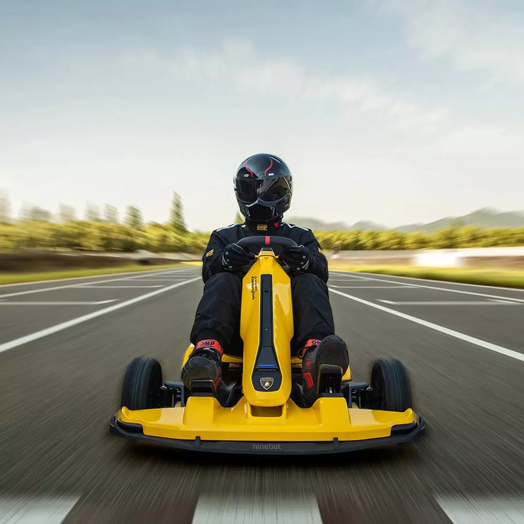 This Electrical Lamborghini Go-Kart Seems Enjoyable as Hell xiaomi ninebot gokart pro lamborghini edition 4