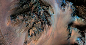 Researchers have developed a system that could pull significant amounts of oxygen and hydrogen out of the briny water present on Mars.