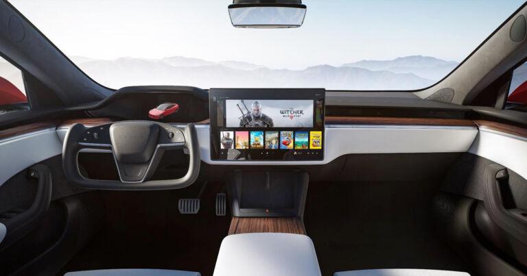 Tesla Reveals Lavish New Spaceship-Like Model S Interior