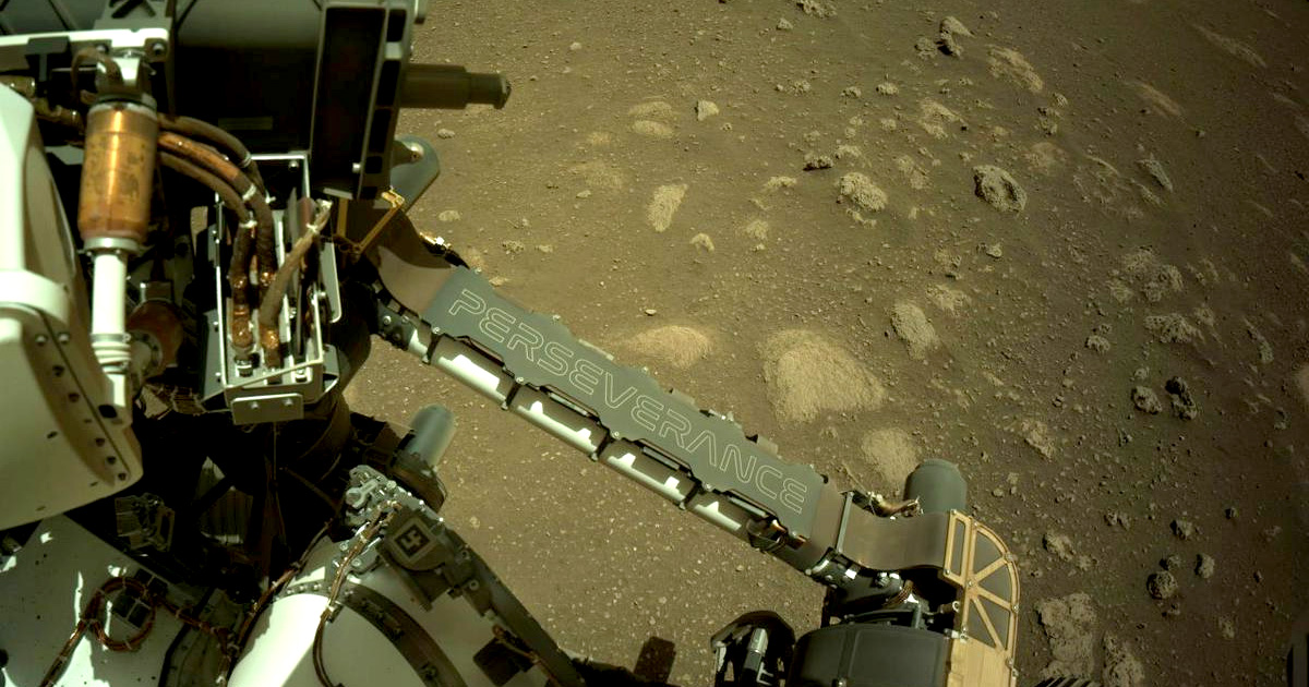 """NASA's Mars Rover """"Percy"""" Stretches Its Arm for the First Time"""