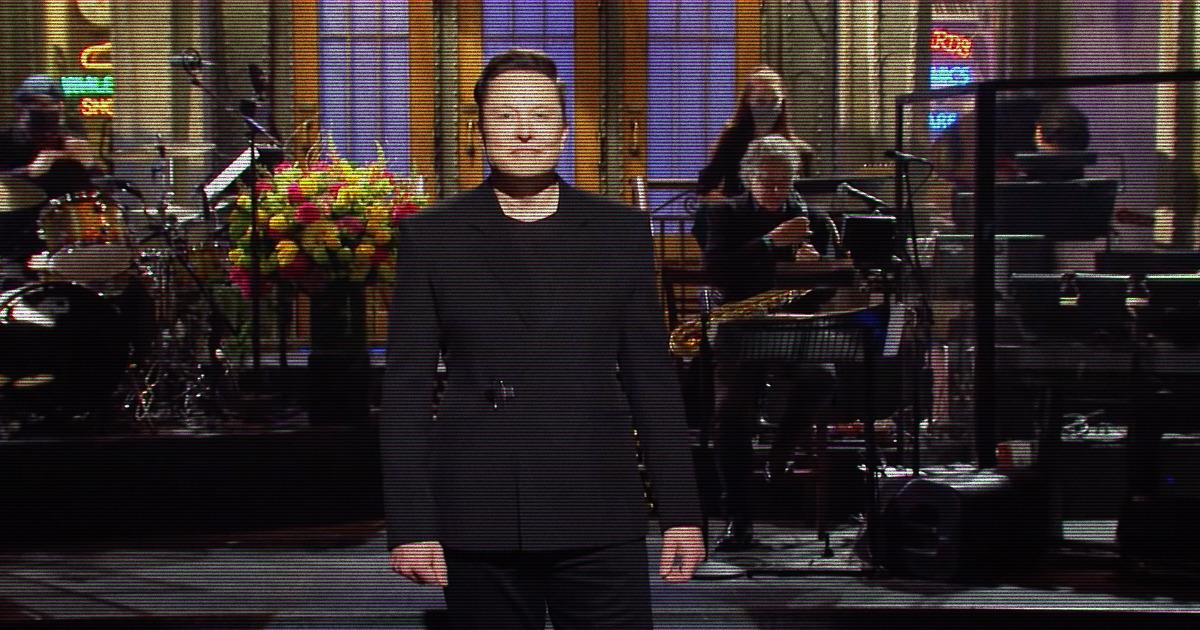 Elon Musk Reveals That He Has Asperger's in SNL Monologue