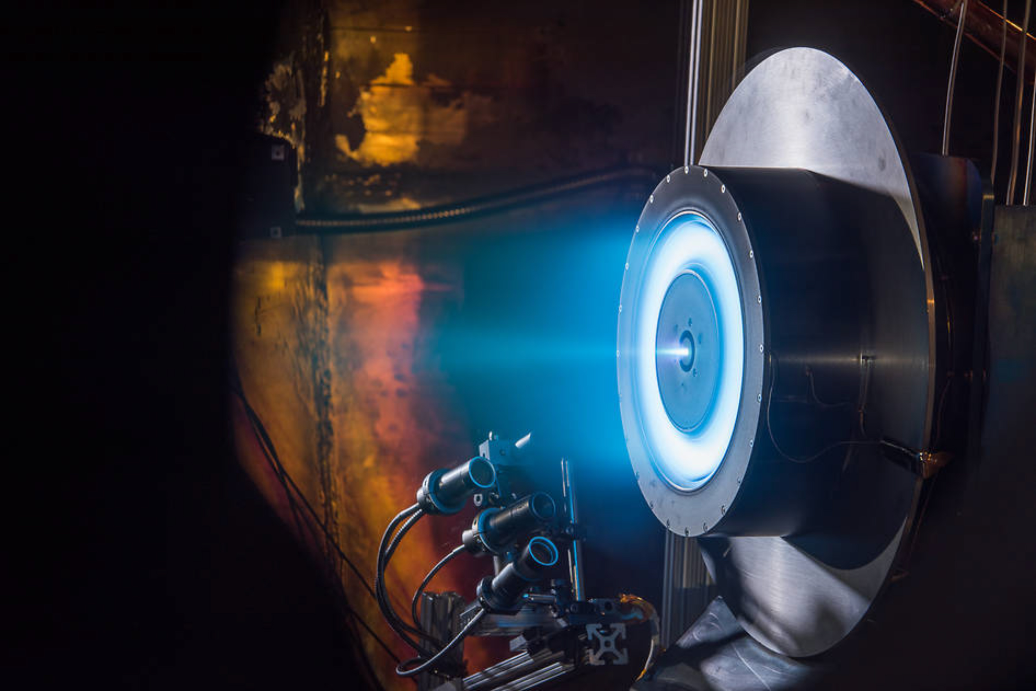NASA is building a spacecraft designed to travel about 1.5 billion miles through our solar system — using propulsion that's almost entirely solar