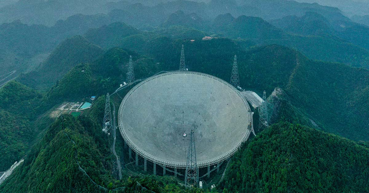 Physicist Says China's New Telescope May Be Able to Spot Alien Probes